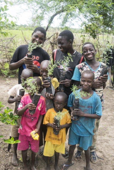 help-families-in-senegal
